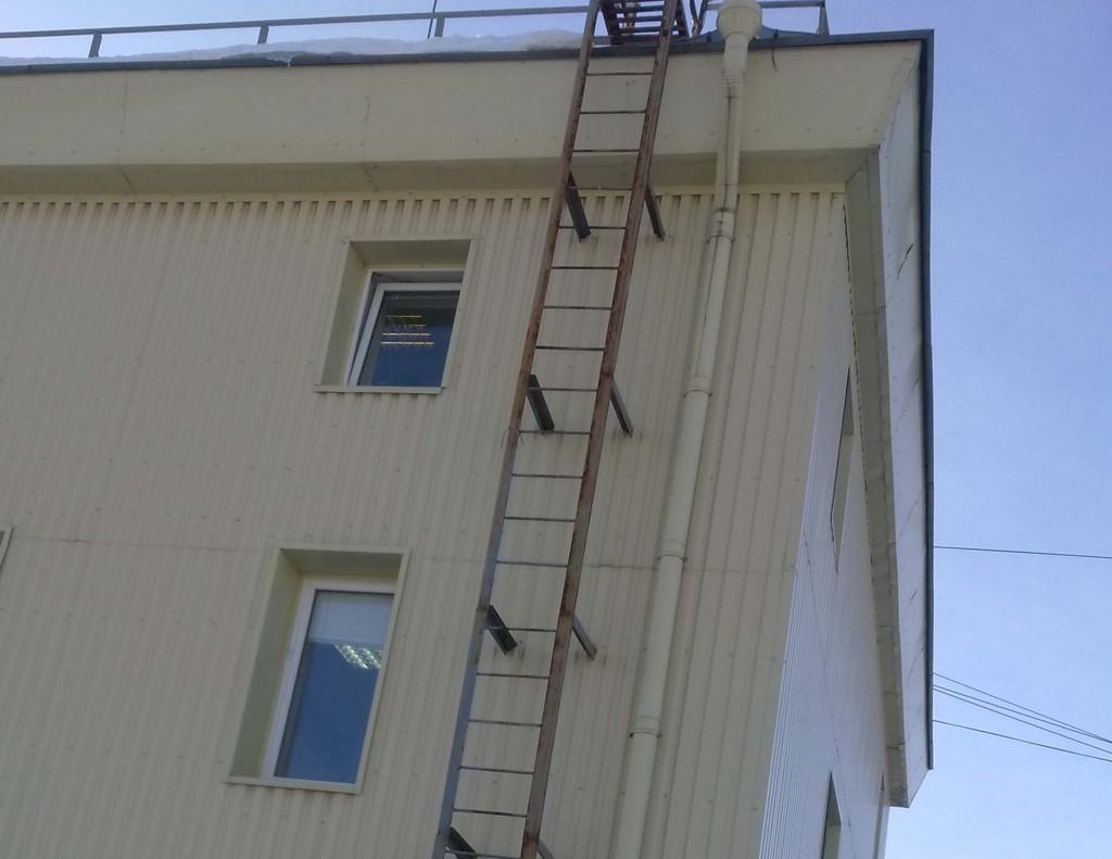 Изготовление пожарной лестницы своими руками