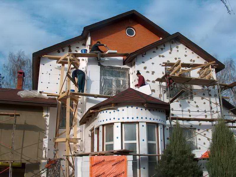 Делаем фасадные работы