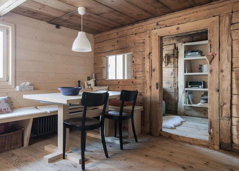 Интерьер квартиры в стиле шале
