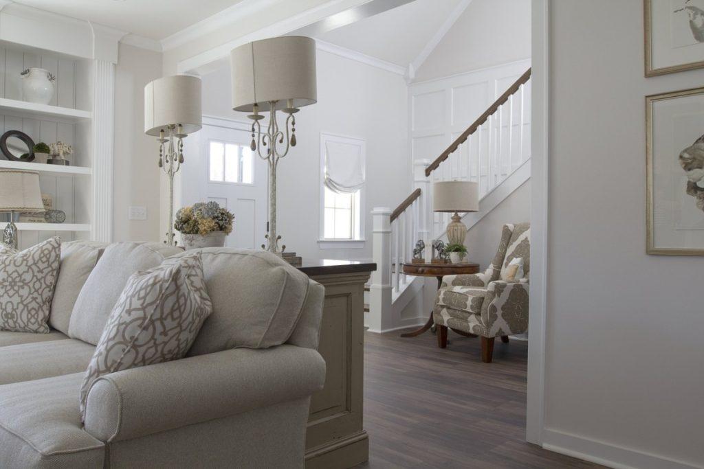 Деревянные лестницы в частном доме: какую выбрать