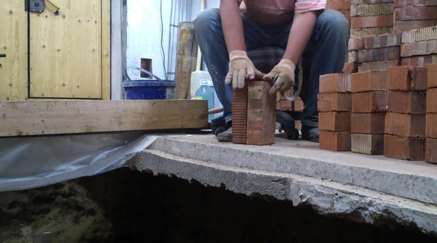 Погреб и смотровая яма в гараже
